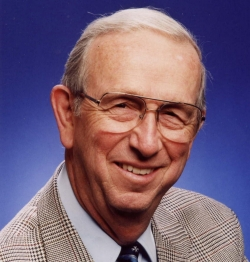OLLI professor Ken Johnson