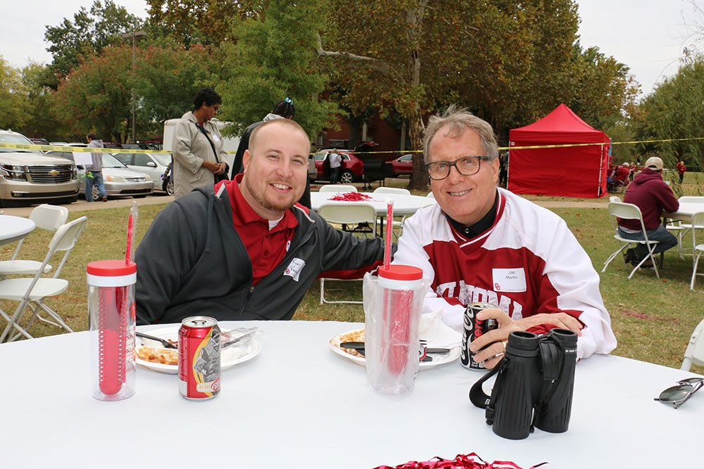 Sooner fans at the 2015 Tailgate Party