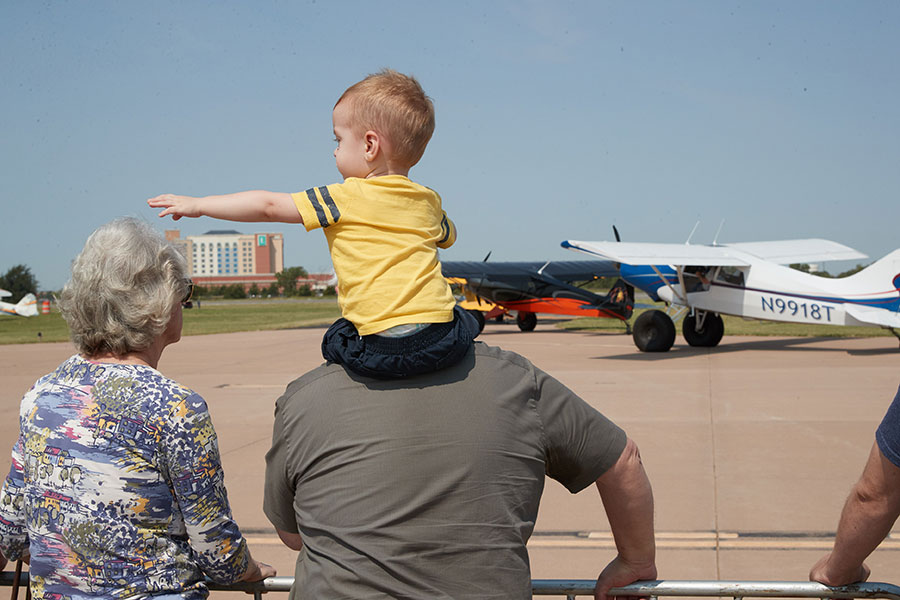 parents and kids at the Westheimer Aviation open house