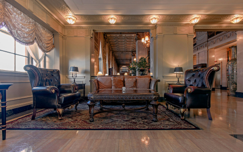 Brown Hotel Bluegrass room lobby