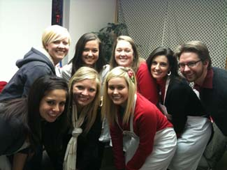OU employees volunteering at Christmastime