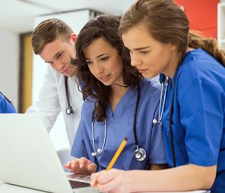 medical students learning from technology and healthcare
