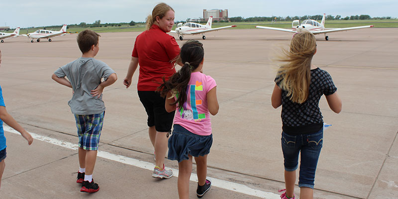 Aeronautics Commission OKs $132,000 in Aviation Education Funding for Oklahoma City-area Programs