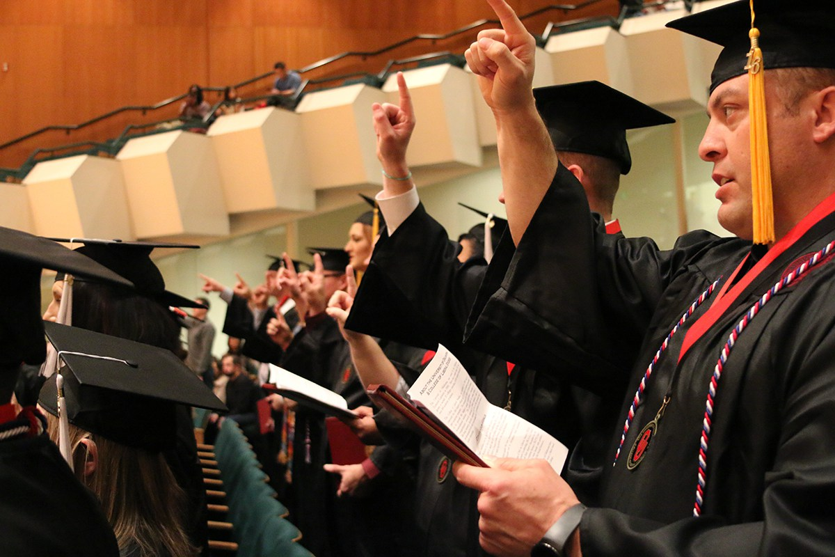Students at the Winter 2016 Convocation